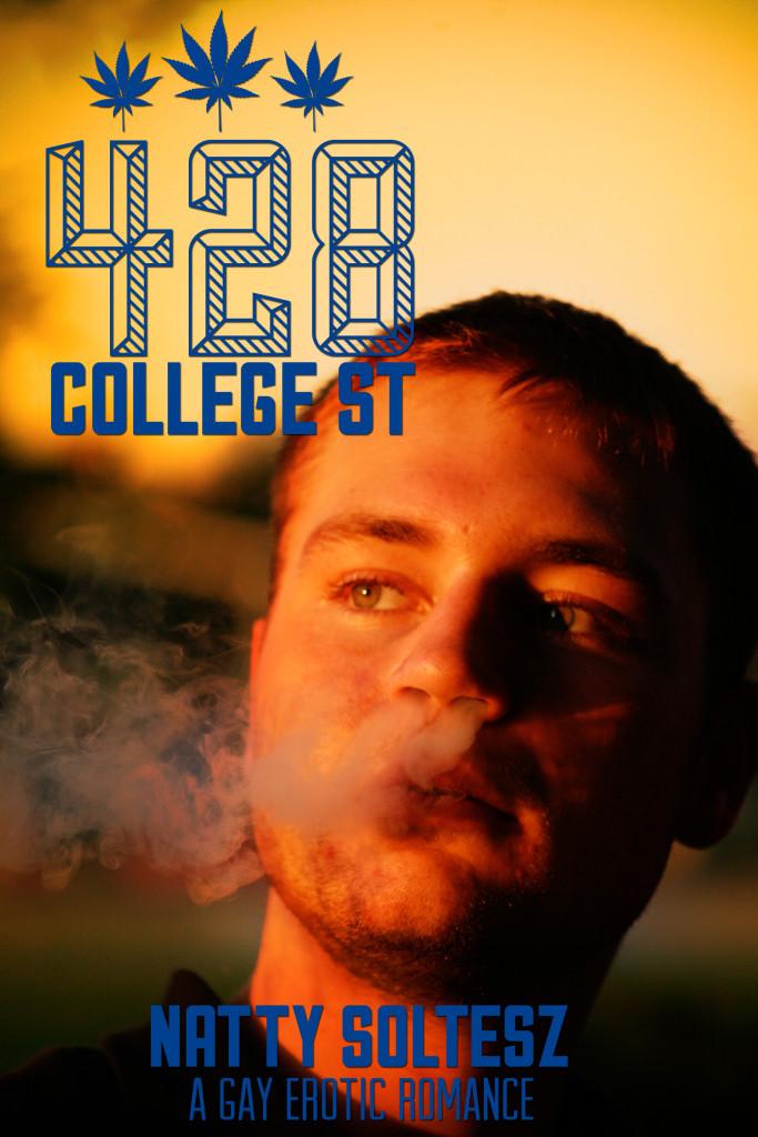 428 College St